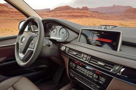 BMW X5 2013, equipamiento