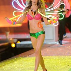 Foto 39 de 57 de la galería el-desfile-victorias-secret-fashion-2011-todas-las-imagenes en Trendencias