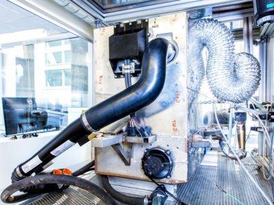 No todo es hidrógeno para las pilas de combustible: Nissan desarrolla una que se alimenta de bioetanol