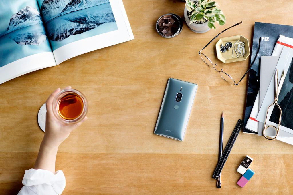 Sony Xperia Xz2 Premium 01