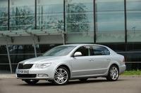 La República Checa barre para casa con el Škoda Superb
