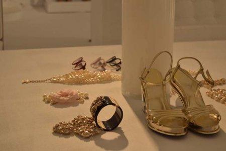Dorada sandalia Chanel colección Primavera-Verano 2012