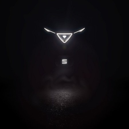 SEAT revela el primer teaser el misterioso vehículo eléctrico que debutará el 25 de febrero