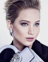 Jennifer Lawrence vuelve a protagonizar la campaña de bolsos Miss Dior de esta temporada