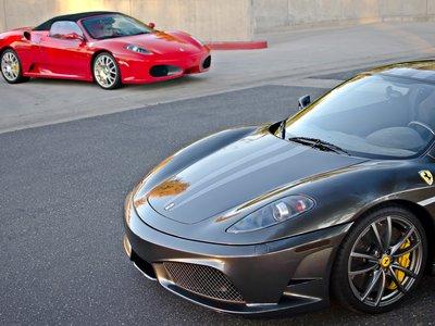 Desmantelado en Sils un taller que fabricaba réplicas ilegales de Ferrari y Lamborghini