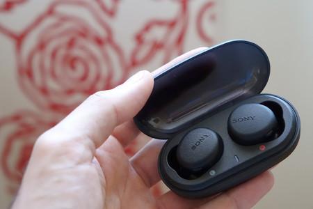 Sony Wfx700
