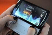 Sony Xperia Play se queda sin Ice Cream Sandwinch definitivamente. Hoja de ruta de actualizaciones completa