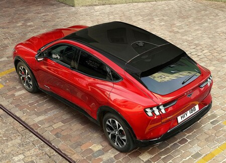 Ford Mustang Mach E Suv Compacto 2