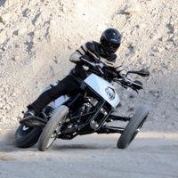 Yamaha continúa apostando por las tres ruedas y ahora compra la patente de otro engendro
