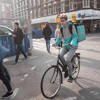 Deliveroo dejará de operar en España a pocos días de la entrada en vigor de la nueva ley 'rider'