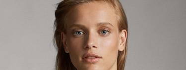 Este año los maquillajes más bonitos y naturales los encontramos en Massimo Dutti, la piel es la auténtica protagonista y te contamos cómo conseguirlo