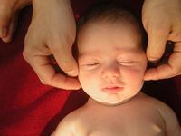 Cómo preparar al bebé para una sesión de masajes