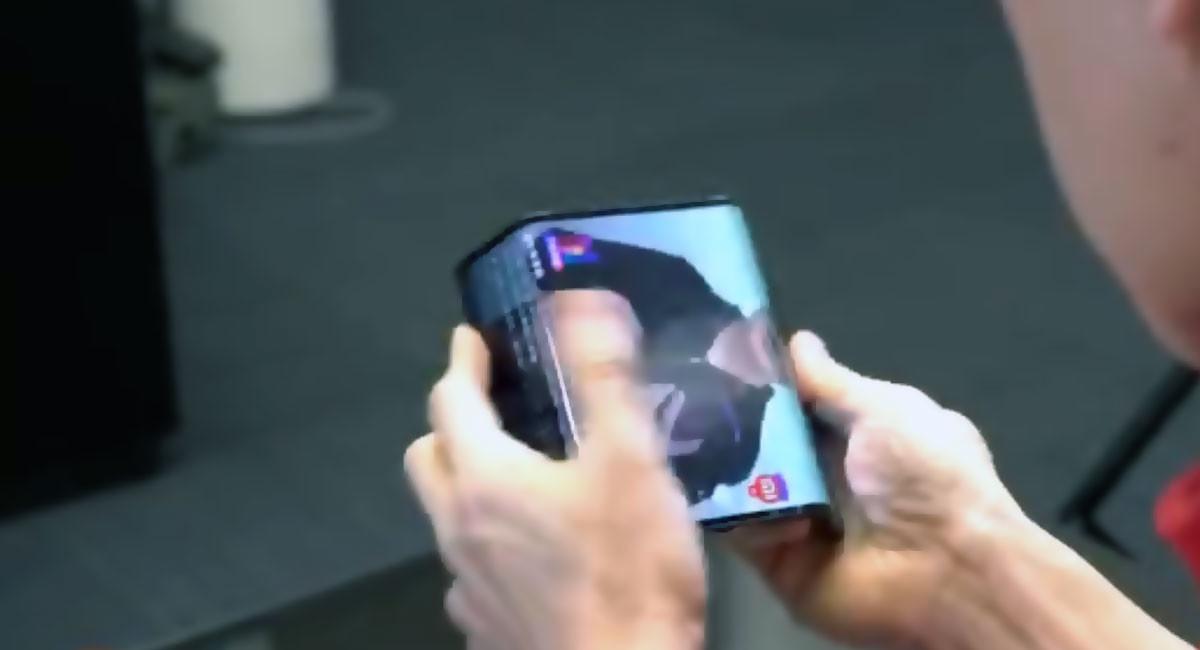 'Xiaomi Mix Flex': primer vistazo en vídeo al móvil plegable de Xiaomi