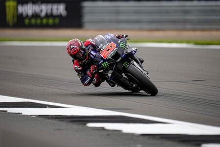 Fabio Quartararo arrasa en Silverstone, Álex Rins vuelve al podio y Aprilia se estrena en MotoGP