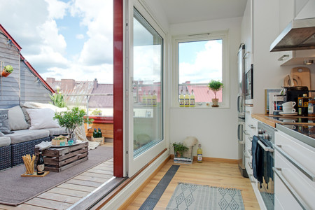 Cozy Apartment Scandinavian Style Balcony Door Thumb 630x420 15193