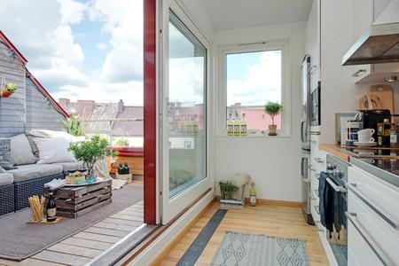 Cozy Apartment Scandinavian Style Balcony Door Thumb 630x420 15193