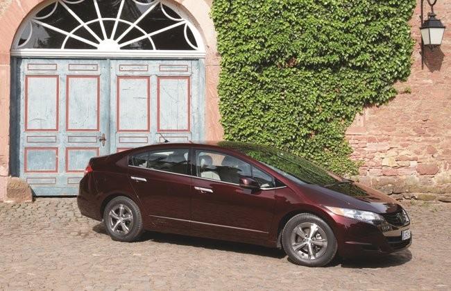 Honda FCX Clarity puerta