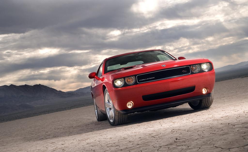 Foto de Dodge Challenger R/T (12/37)