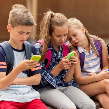 """Adolescentes y pornografía: en España la ven desde los 10 años y el 35% de entre 13 y 14 años afirma verla """"demasiadas veces"""""""