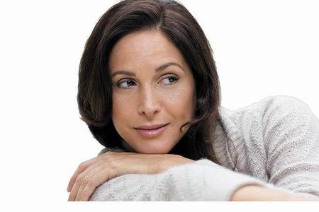 Botox o Ácido Hialurónico. Entrevista a la Dra. Beatriz Beltrán en relación a los rellenos inyectables