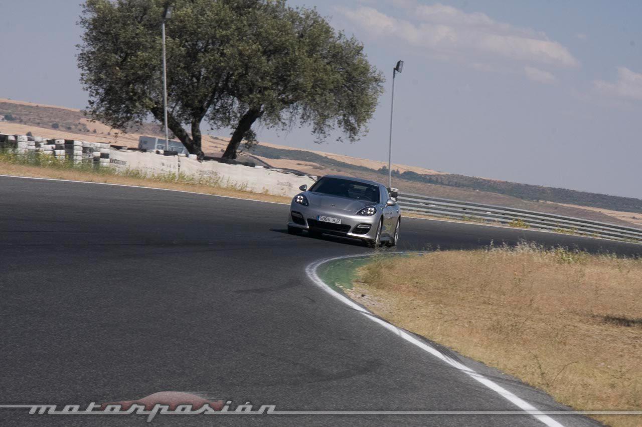 Foto de Porsche Panamera GTS (Prueba) (103/135)