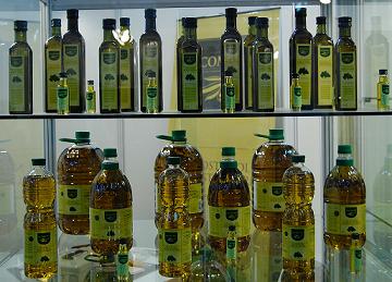 Aceite de Oliva Virgen Extra Acomont, calidad garantizada desde el Baix Ebre-Montsiá