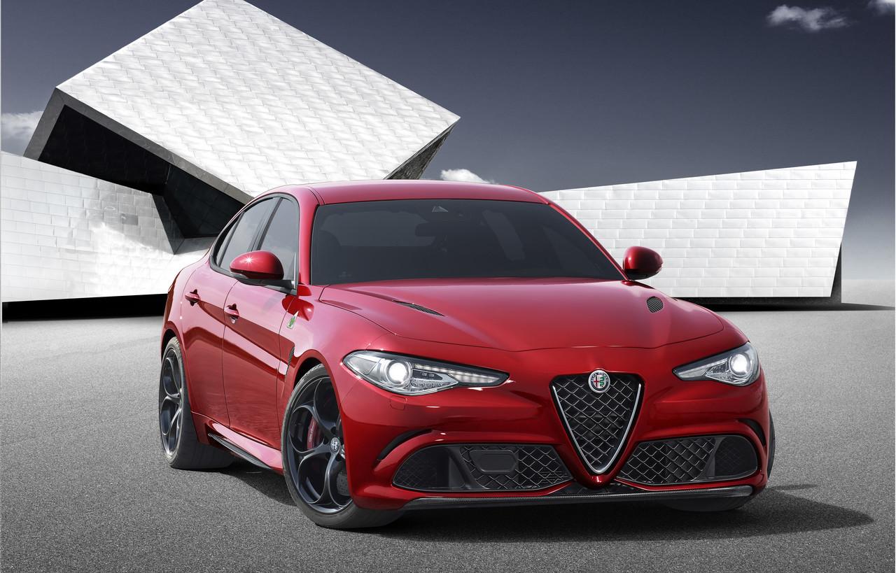 Foto de Alfa Romeo Giulia (8/10)