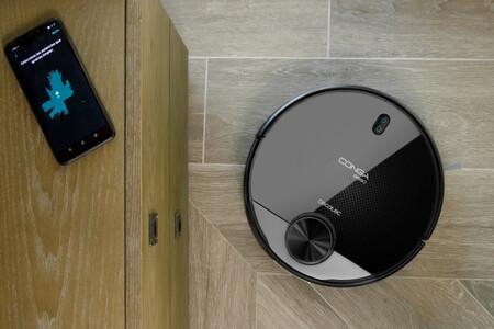 Cecotec Conga 3890: este robot aspirador es compatible con Alexa y Google Assistant y además barre, friega y pasa la mopa