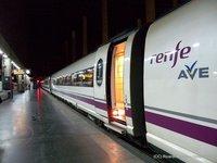 El AVE no puede competir con las aerolíneas low-costs, menos aún en Valencia