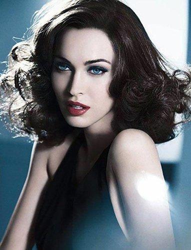 Megan Fox vuelve a sorprendernos con otro look