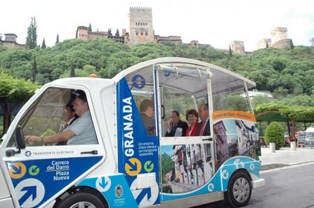 Granada experimenta con un minibús eléctrico
