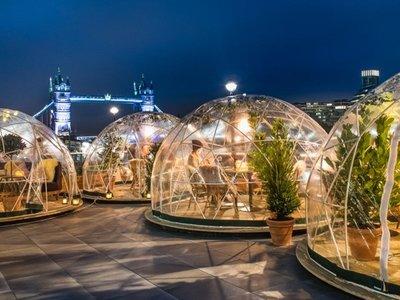 Cenar en un iglú, bolas de Navidad rellenas de ginebra y más en la Semana Gourmet de Trendencias
