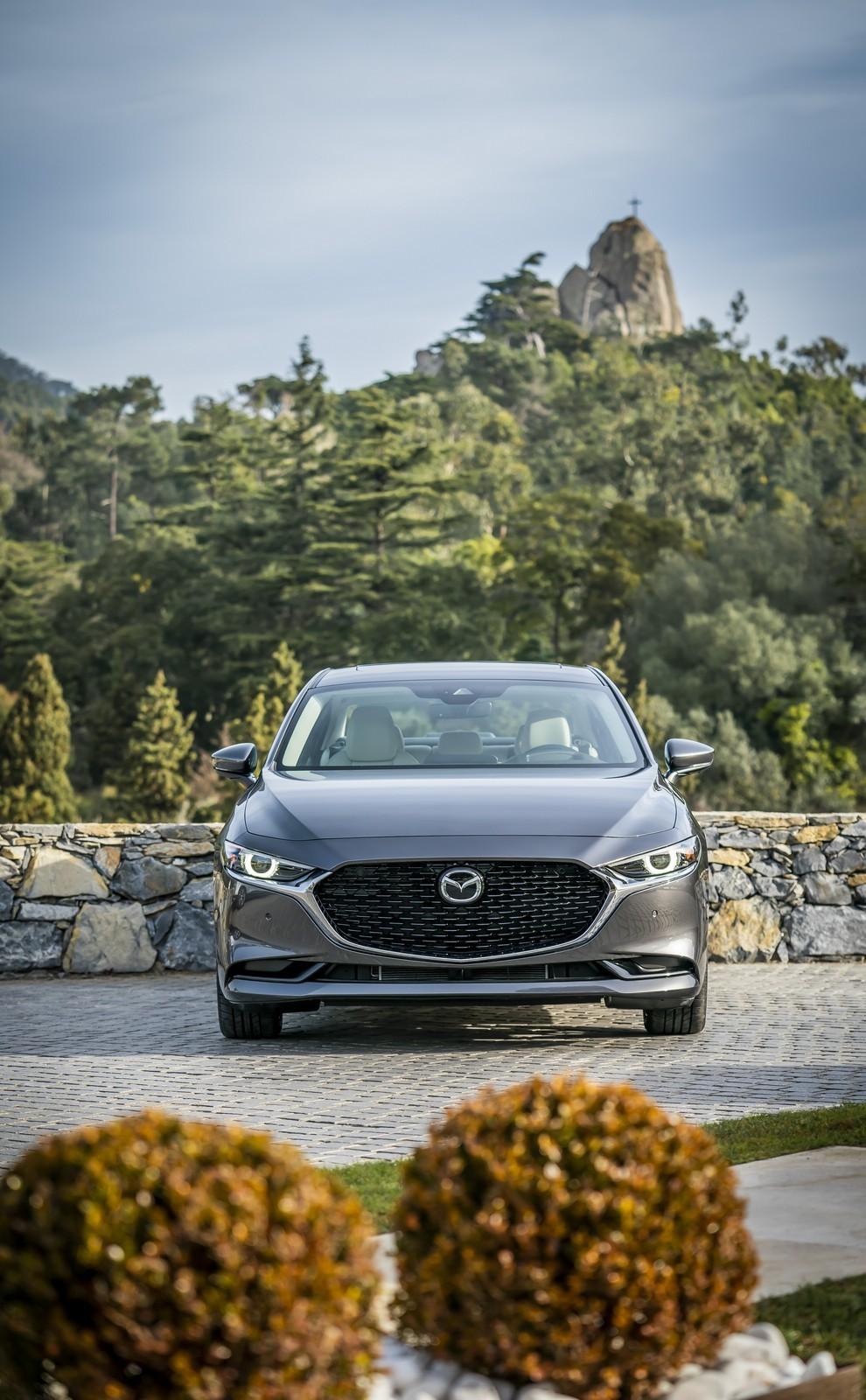 Foto de Mazda3 2019 Sedán (35/40)