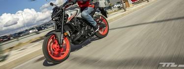 Probamos la Yamaha MT-03: estética manga y 42 CV para una de las mejores motos naked del carnet A2