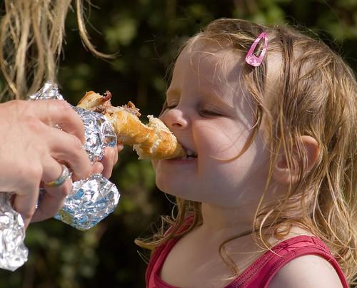 Estos son los alimentos con los que los niños se ahogan más fácilmente