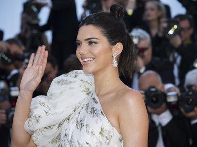 Kendall Jenner demuestra en Cannes que es la más elegante de la familia Kardashian, con mucha diferencia