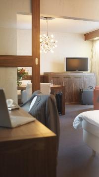 Philips pone sus televisores planos en los hoteles Accor