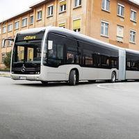 El Mercedes-Benz eCitaro G es el nuevo autobús eléctrico de la estrella y promete ser el primero con baterías en estado sólido