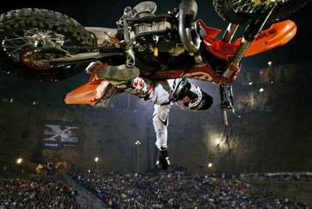 x-fighters1.jpg