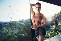 Scarlett Johansson manda a freír espárragos a Mango después de cuatro añitos