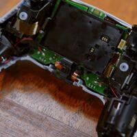 Así es el DualSense de cerca y por dentro: unboxing y prueba de uso en vídeo del mando de PlayStation 5