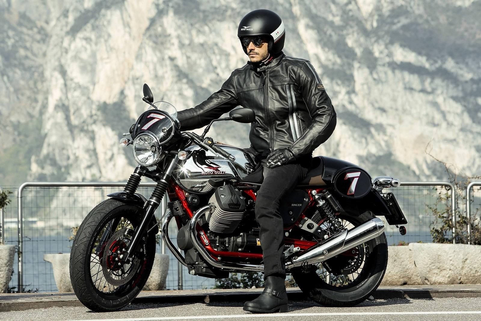 Foto de Moto Guzzi V7 Racer (33/49)