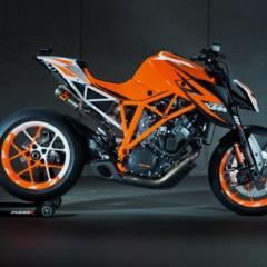 Foto 3 de 6 de la galería salon-de-milan-2012-prototipo-de-la-ktm-1290-super-duke-r-vuelve-la-bestia en Motorpasion Moto