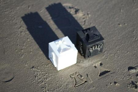 Cómo jugar al ajedrez en la arena de la playa