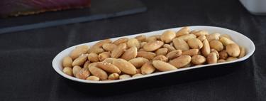 Cómo hacer almendras fritas en el microondas: el aperitivo más fácil y rápido (y también con menos calorías)