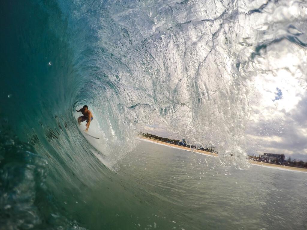Este verano aprovecha para probar nuevas actividades: tres deportes acuáticos que no te puedes perder si veraneas en zona de costa