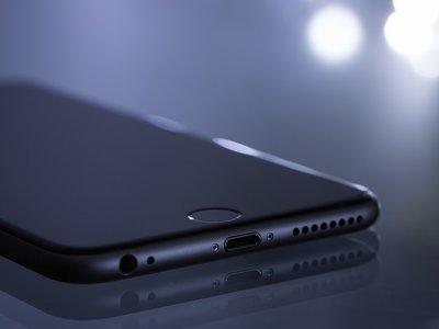 """Apple se disculpa sobre el """"malentendido"""" del rendimiento de los iPhone y ofrece descuentos en cambios de baterías"""