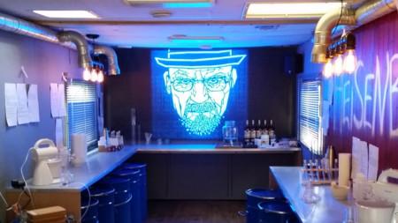 Este bar inspirado en Breaking Bad tiene lo que todo fan de la serie ha estado buscando