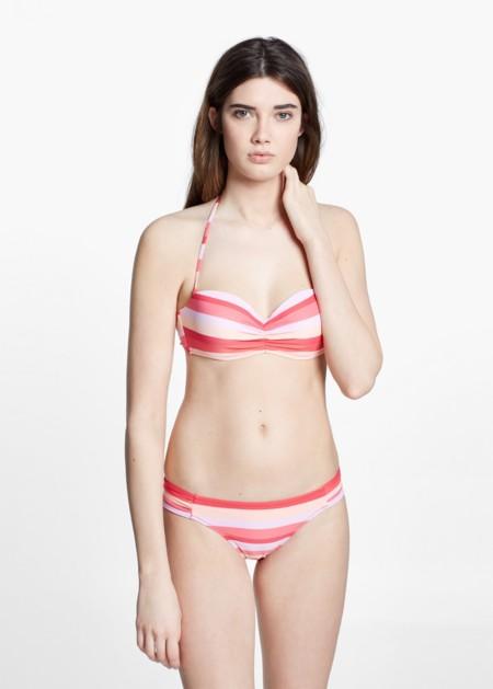 Bikini blanco y rojo