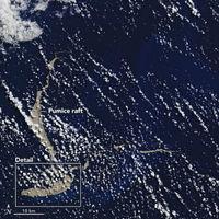 Cómo una enorme isla volcánica de piedra pómez puede ayudar a conservar el arrecife de coral